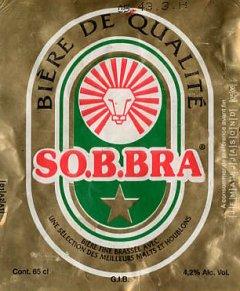 Il n'y a presque plus de lion au Burkina... Sauf sur les étiquettes de bière!